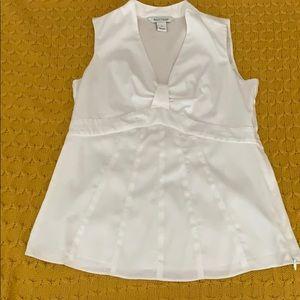 EUC  White House Black Market white blouse